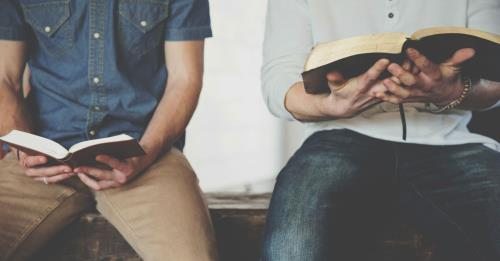 View article Preaching That Keeps Bibles Open