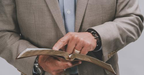 View article Al Mohler: Expository Preaching Is The Antidote To Anemic Preaching