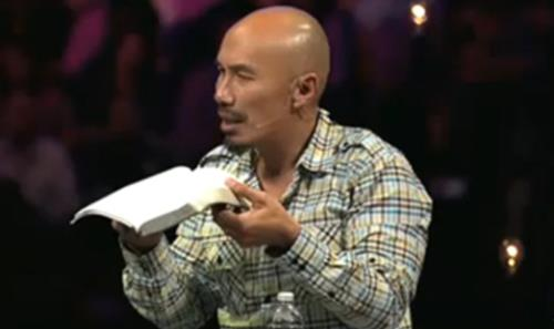 View article Francis Chan: 7 Questions To Ask Before You Preach