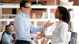 View article 7 Ways To Help New Staff Members Succeed