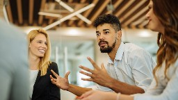 View article Are You A Transactional Leader Or A Transformational Leader?