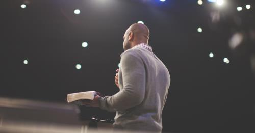 View article 4 Attributes Of Powerful Preaching