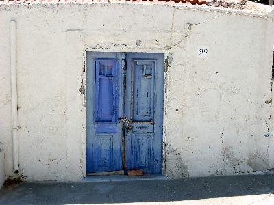 view the Image Blue Door