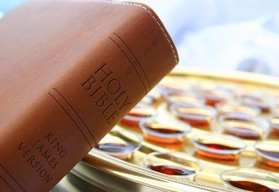 view the Image Communion Bible