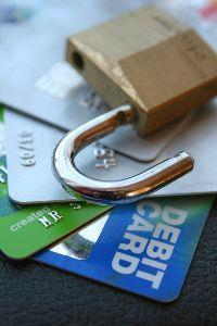 media Credit Cards Lock
