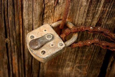 Image on Old Lock Chain