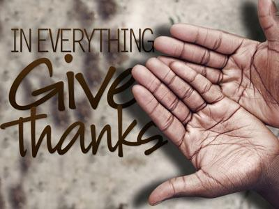 PowerPoint Template on In  Everything  Give  Thanks