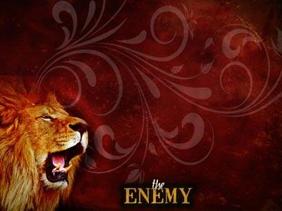 The Enemy Lion PowerPoint Template 3