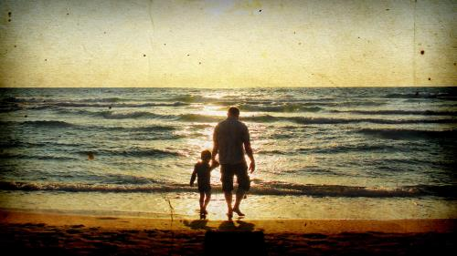 Father's Day Beach PowerPoint Template 4