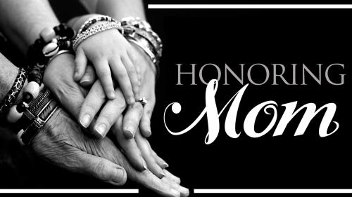 Honoring  Mom PowerPoint Template 1